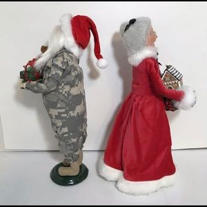 Byers Choice Holiday - Byers Choice Camo Santa Claus Mrs. Claus Figures